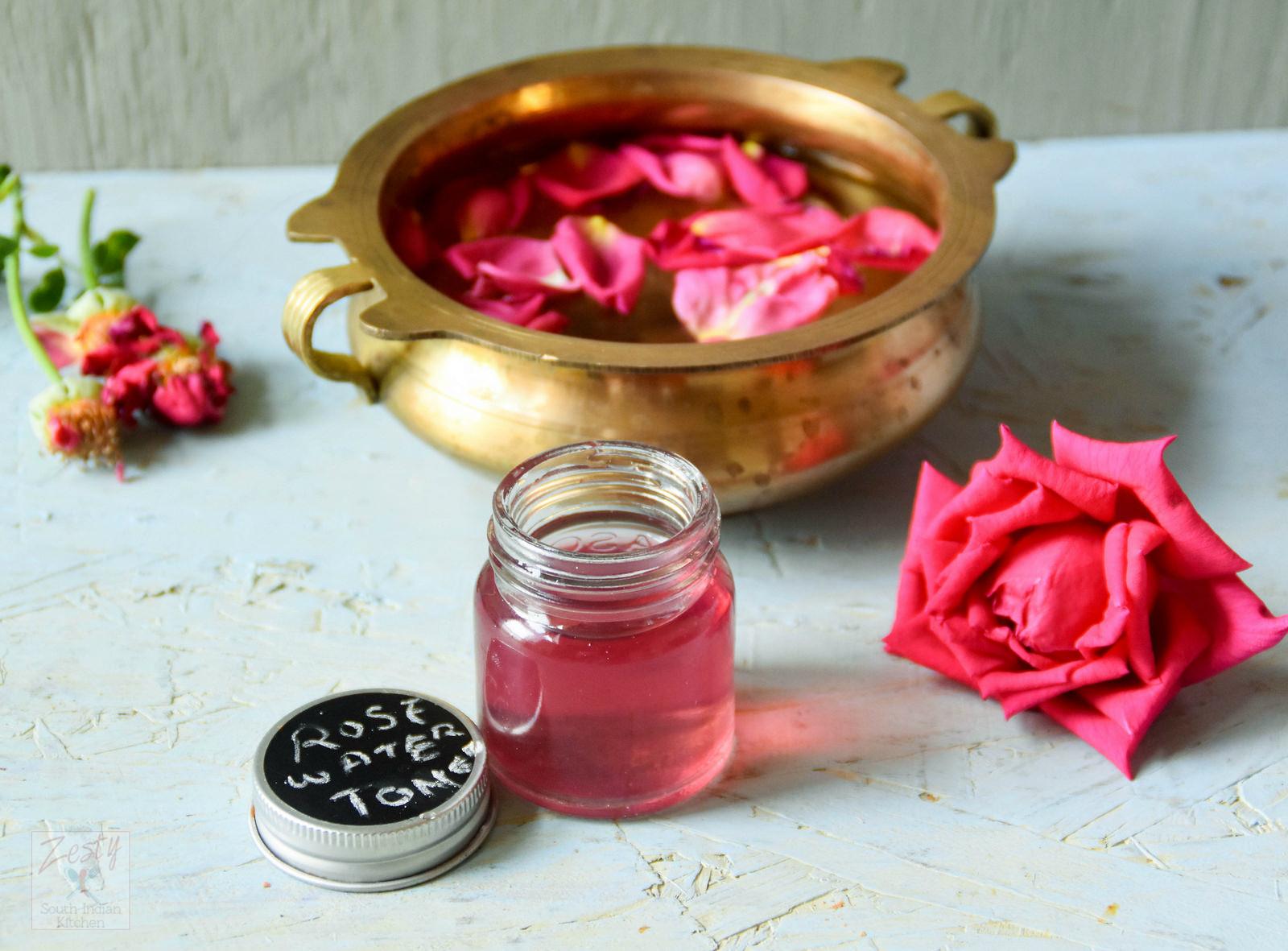 nước hoa hồng chăm sóc da